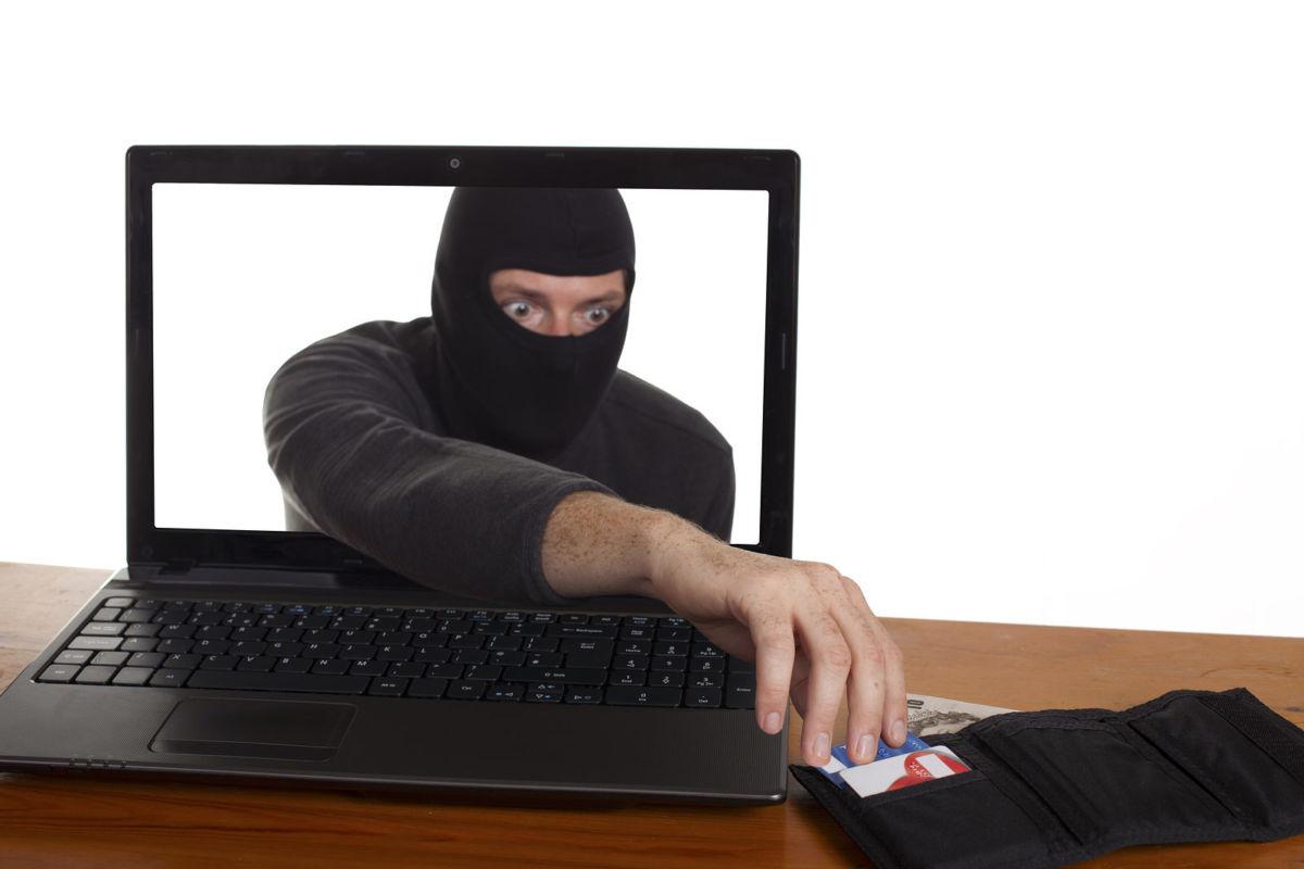 Обман в интернете и финансовые потери. Как не стать жертвой интернет мошенников?