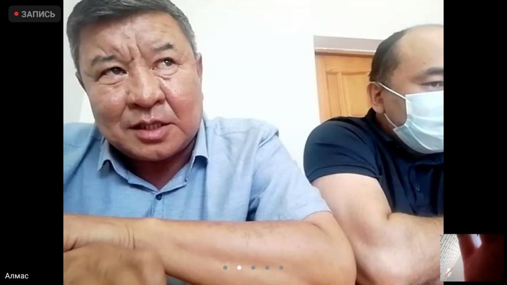 Алмас Бекбауов и его адвокат