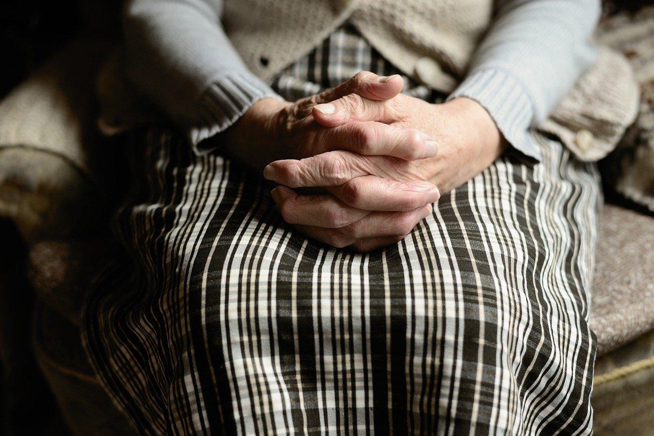 Похитивших у пенсионерки 600 тыс. тенге разбойников задержали в Костанайской области
