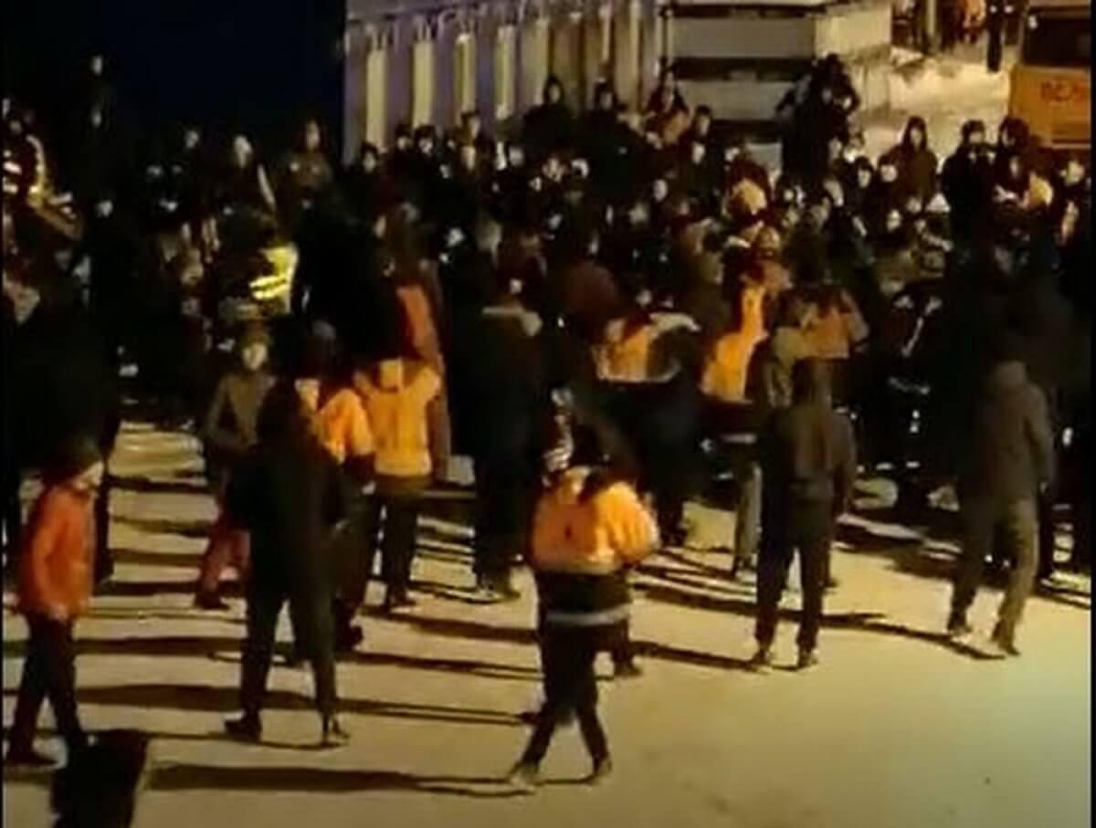 Массовая драка с участием казахстанцев в России: рабочие рассказали об истинных причинах конфликта