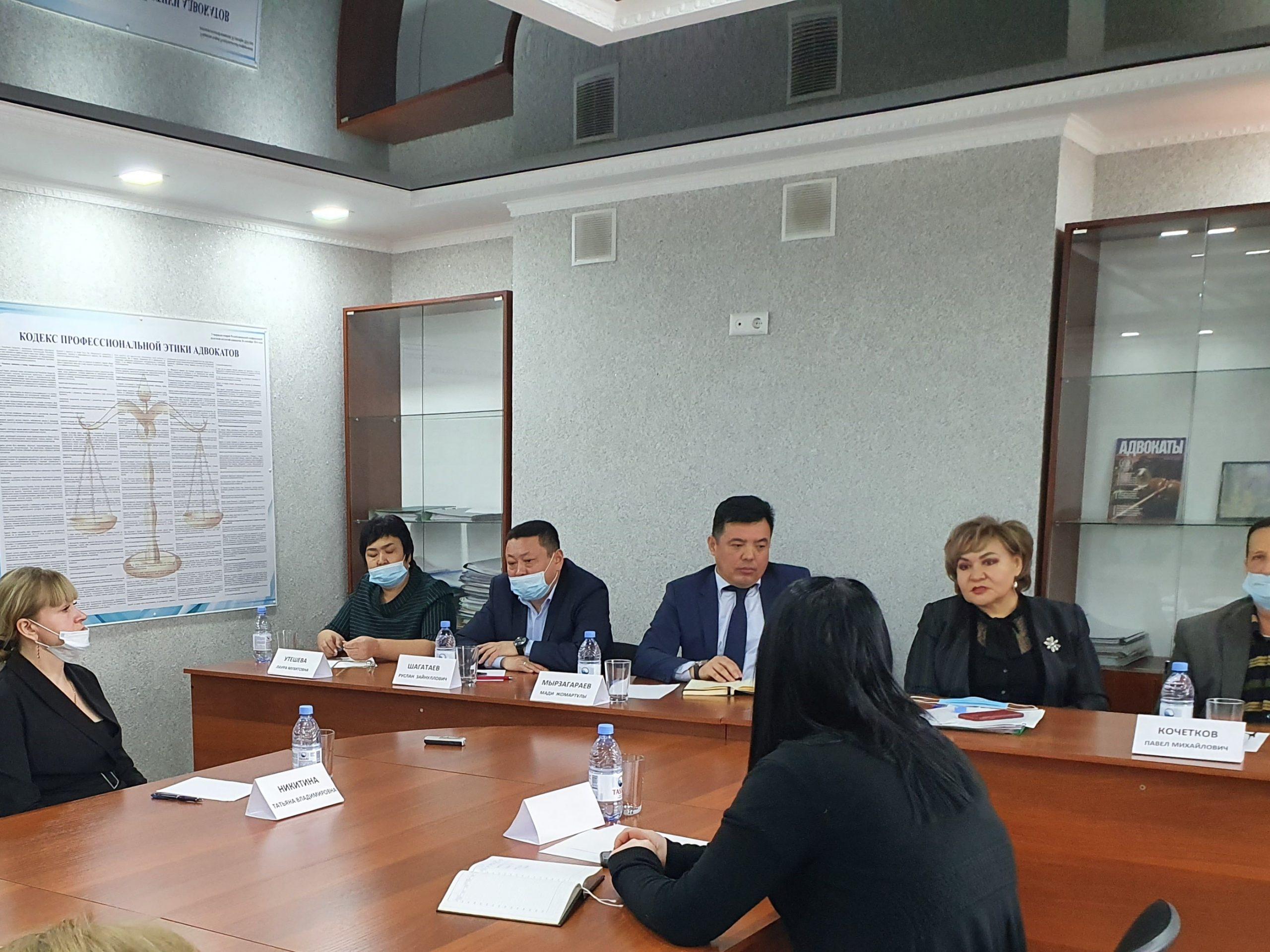 Государственный «гоп-стоп» — адвокаты ЗКО возмущены предлагаемыми поправками в Закон об адвокатской деятельности