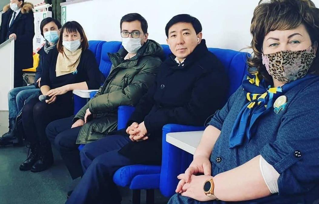 Акима Усть-Каменогорска оштрафовали за несоблюдение масочного режима