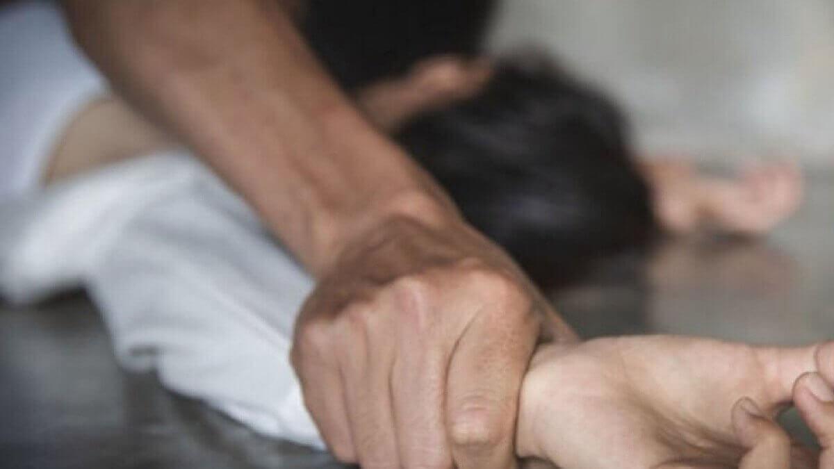 Мужчин осудили за групповое изнасилование в Алматинской области