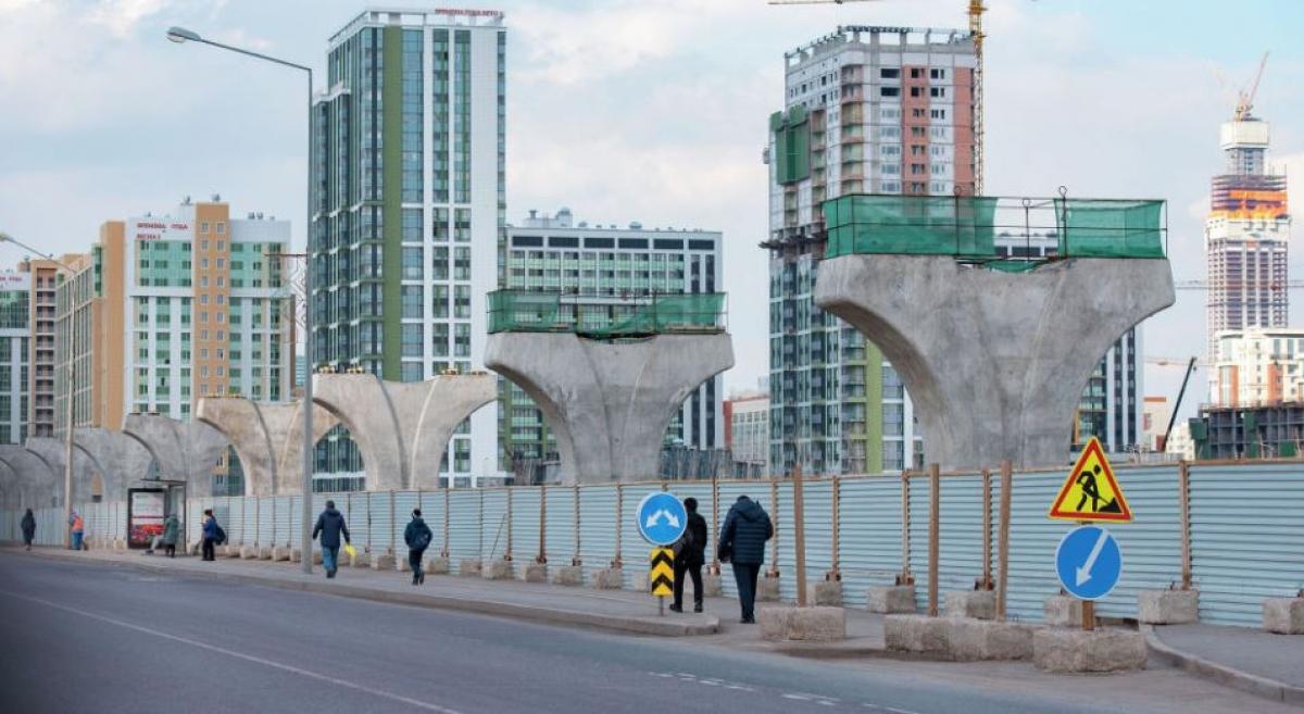 «Астана LRT» решила повесить долги иностранных компаний на казахстанцев