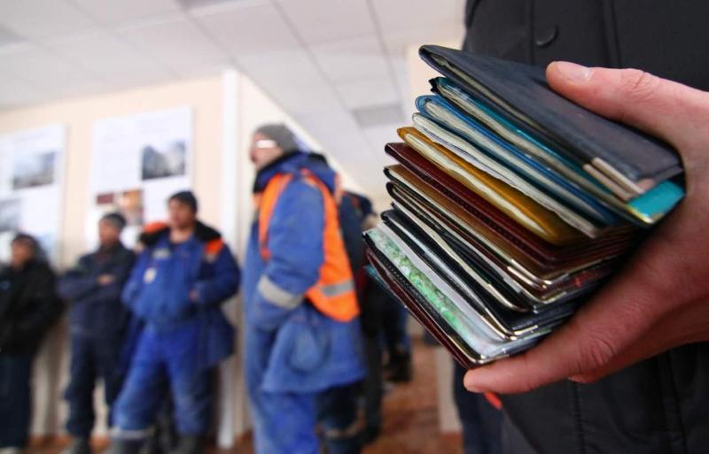 64 незаконных мигрантов выдворили из Казахстана