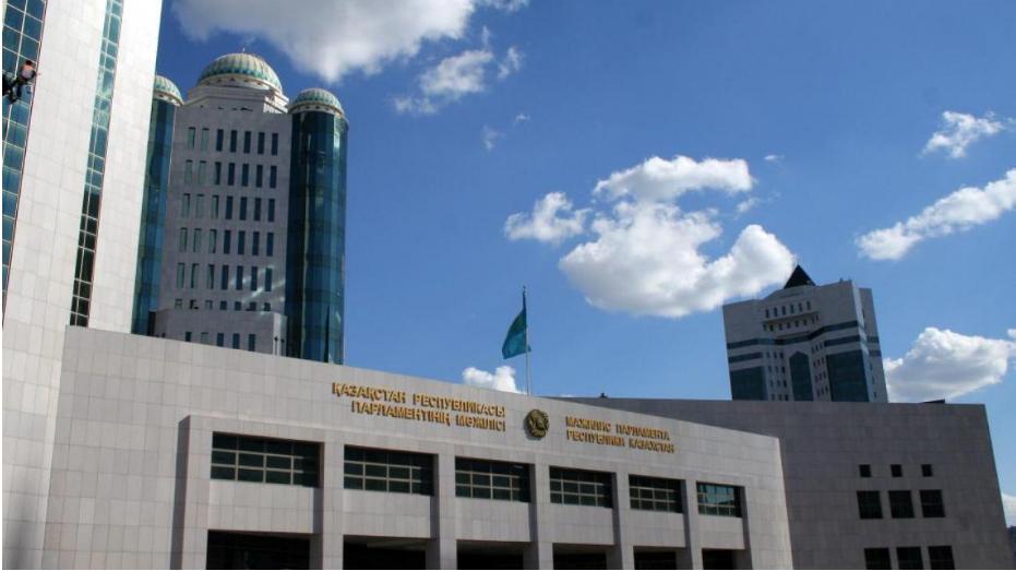 Мажилис одобрил в первом чтении поправки по вопросам судебно-экспертной деятельности