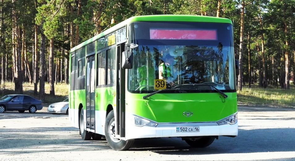 Автопарк Семея лишится 170 автобусов по решению суда. Водители вновь не вышли на работу в знак протеста