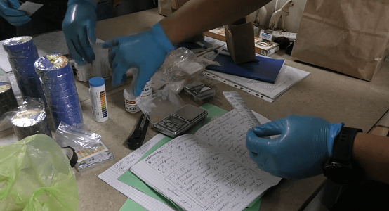 Биотехнолог подозревается в создании нарколаборатории в элитном ЖК в Нур-Султане