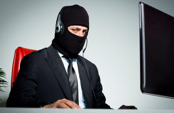 Финансовые мошенники стали представляться сотрудниками МВД: как реагировать