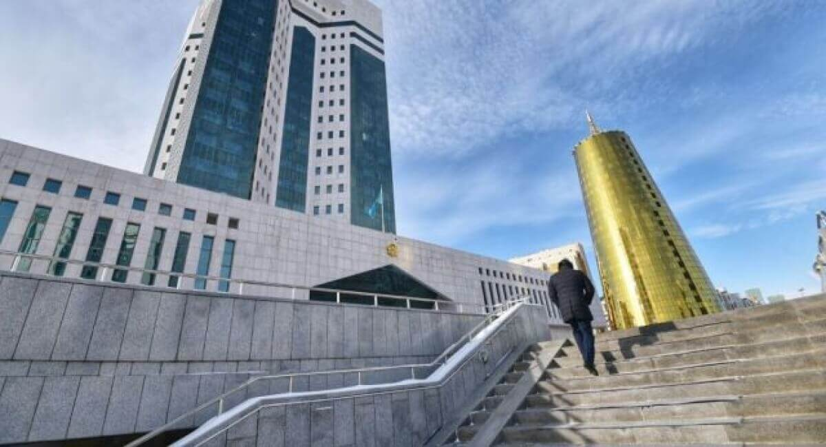 Бывших премьер-министров Казахстана могут вызвать в суд по делу об «Астана LRT»